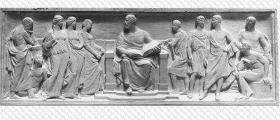 История возникновения гипсовой лепнины